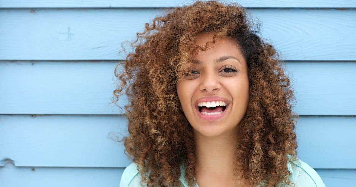 How to be More Positive: 5 Smart Tactics that Really Work